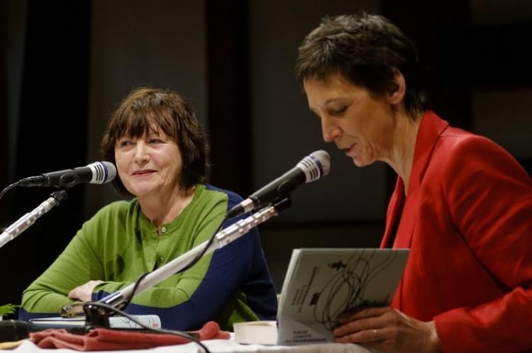 Simone met Phara de Aguirre over De Onvervangbare